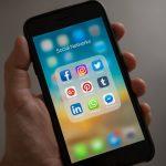 Pourquoi devrions-nous nous concentrer sur la vente sociale plutôt que sur les foires commerciales
